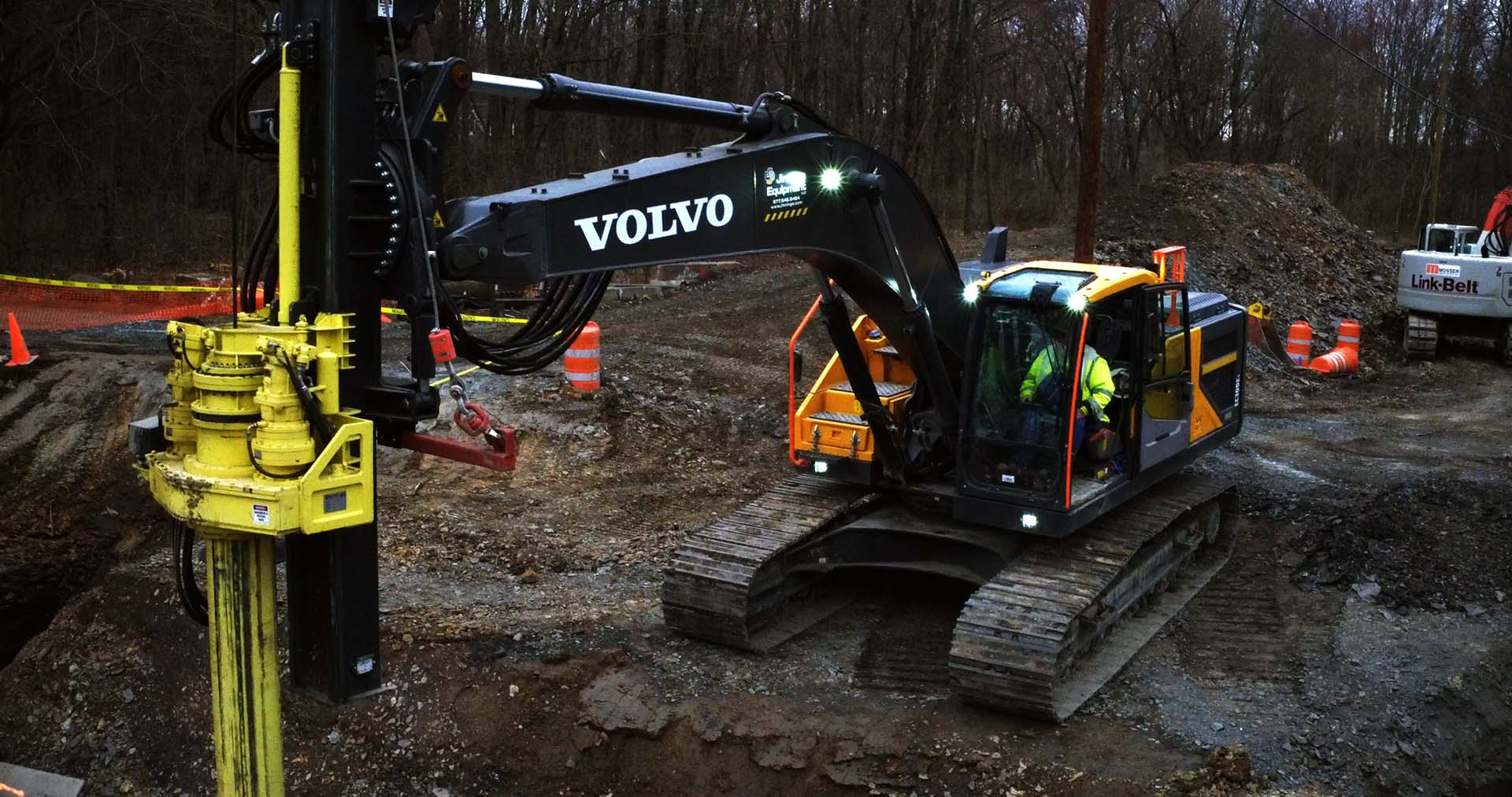 SoilTek Excavator Mounted Drill Mast